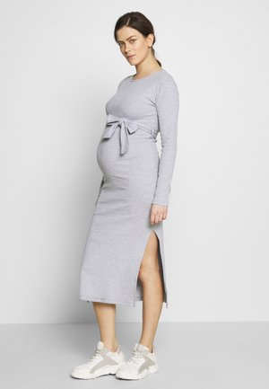 SOFT SPLIT SIDE BELTED DRESS - Jerseykjole - grey