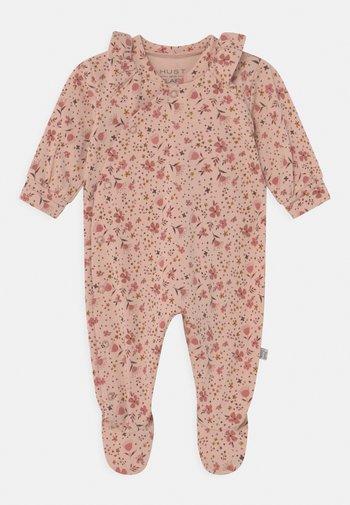 Sleep suit - peach rose