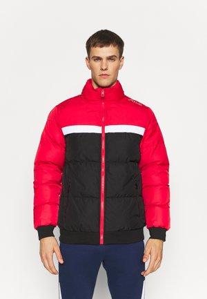 OLIVER PUFF JACKET - Zimní bunda - black/true red/bright white