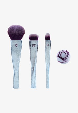 RT BRUSH CRUSH V2 SET RULER OF THE SKIES - Makeup brush set - -