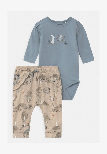 NBFTHORID SET - Trousers - dusty blue