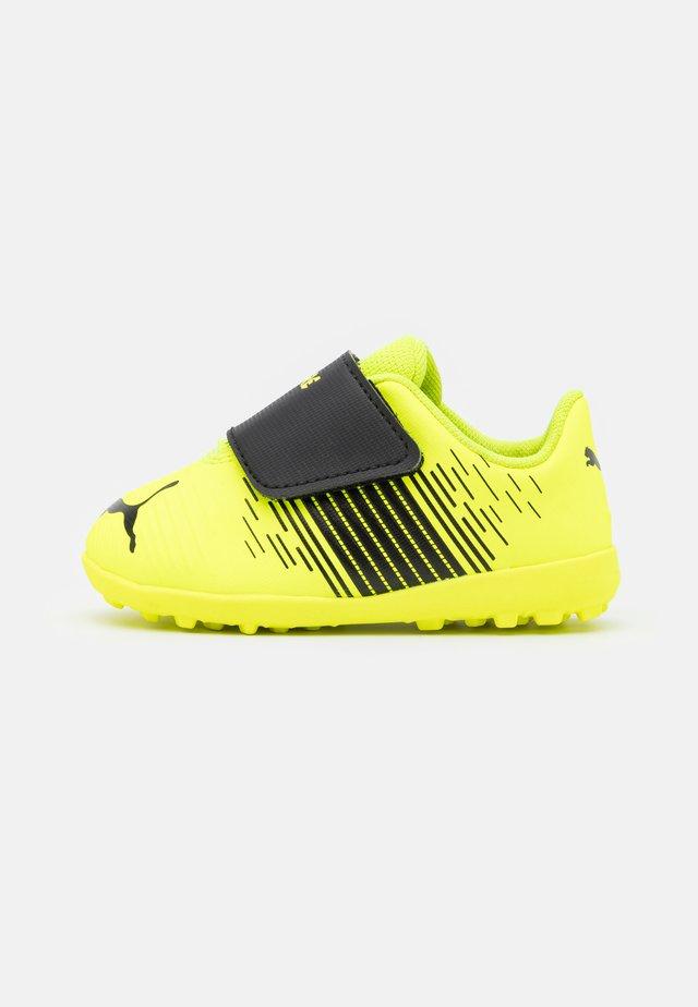 FUTURE Z 4.1 TT V UNISEX - Fotballsko for kunstgress - yellow alert/black/white
