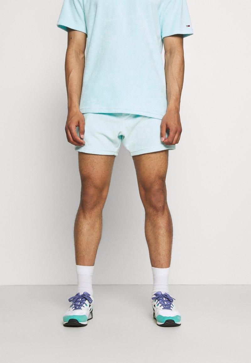 Tommy Jeans - TOWELING  - Shortsit - aqua coast