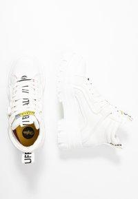 Buffalo - VEGAN ASPHA MID - Platform ankle boots - white - 3