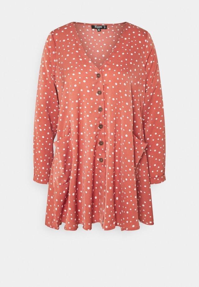 BUTTON THRU SMOCK DRESS DALMATIAN - Vestito estivo - blush
