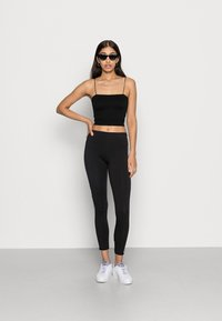 BDG Urban Outfitters - BUNGEE STRAP TUBE - Top - black - 1