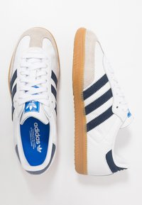 adidas Originals - SAMBA FOOTBALL - Trainers - footwear white/collegiate navy/blue - 1