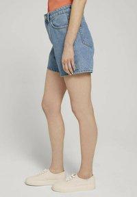 TOM TAILOR DENIM - Denim shorts - clean mid stone blue denim - 3