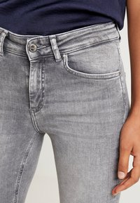 ONLY - ONLBLUSH - Jeans Skinny - grey denim - 4