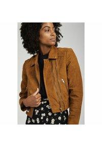 NAF NAF - Leather jacket - beige - 0