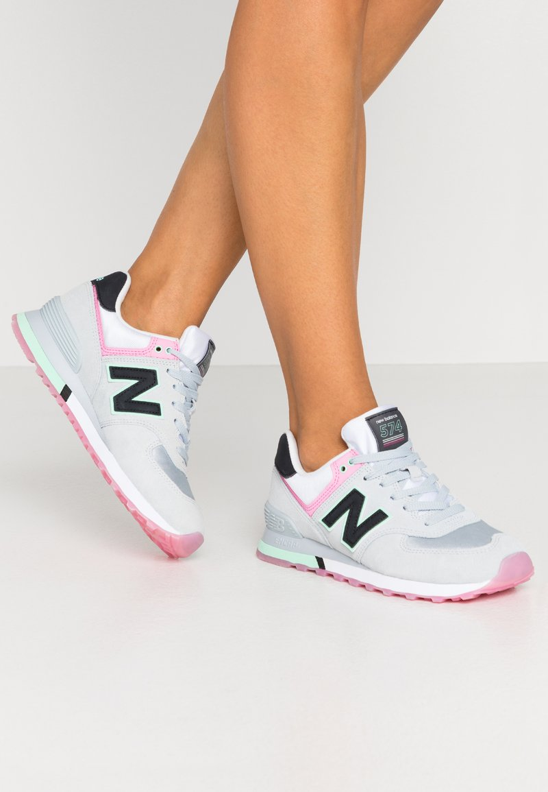 New Balance - WL574 - Trainers - grey/pink