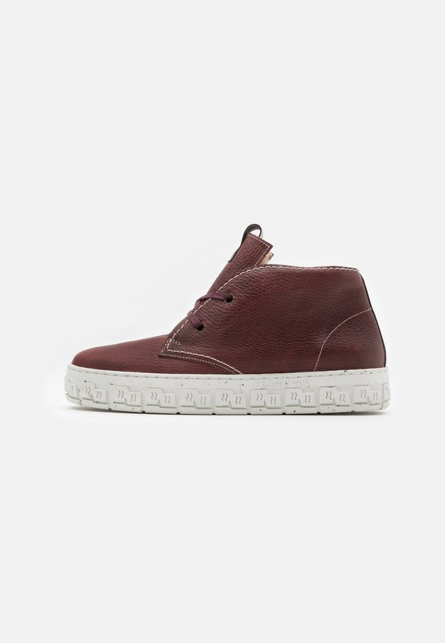 CHECK - Sneakers hoog - bordo