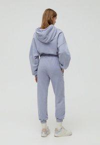 PULL&BEAR - Teplákové kalhoty - grey - 2