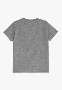 Name it - NMMDAVID BOX MINI - Print T-shirt - grey melange - 1