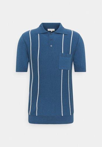 ALFARO - Polo shirt - ensign blue/white sand