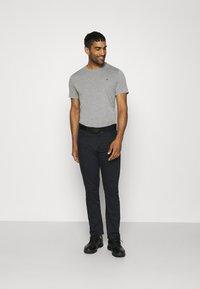 Calvin Klein Golf - HARLEM TECH 3 PACK - T-shirts basic - black/navy/silver - 0