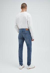 PULL&BEAR - Slim fit jeans - mottled blue - 2