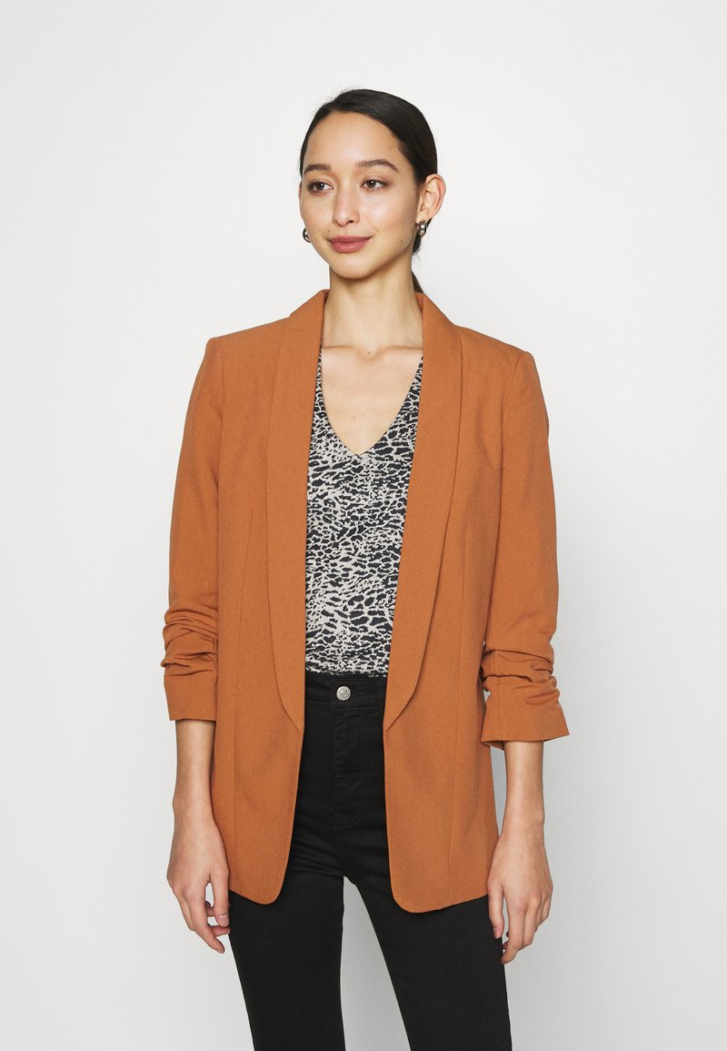 Pieces - PCBOSS - Short coat - mocha bisque