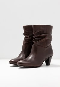 mint&berry - Classic ankle boots - dark brown - 4