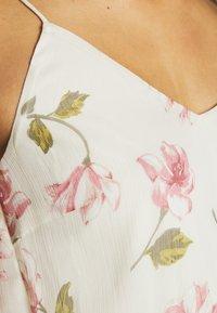Vero Moda - VMWONDA - Denní šaty - birch/poppy - 3