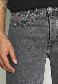 Calvin Klein Jeans - BAGGY - Jean droit - denim grey - 3