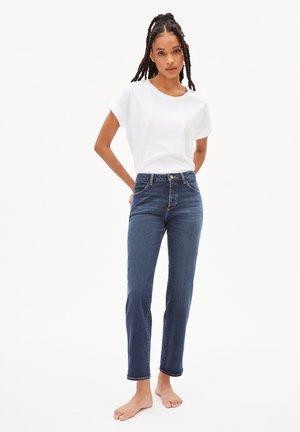 FJELLAA CR CIRCULAR - Straight leg jeans - dark lapis