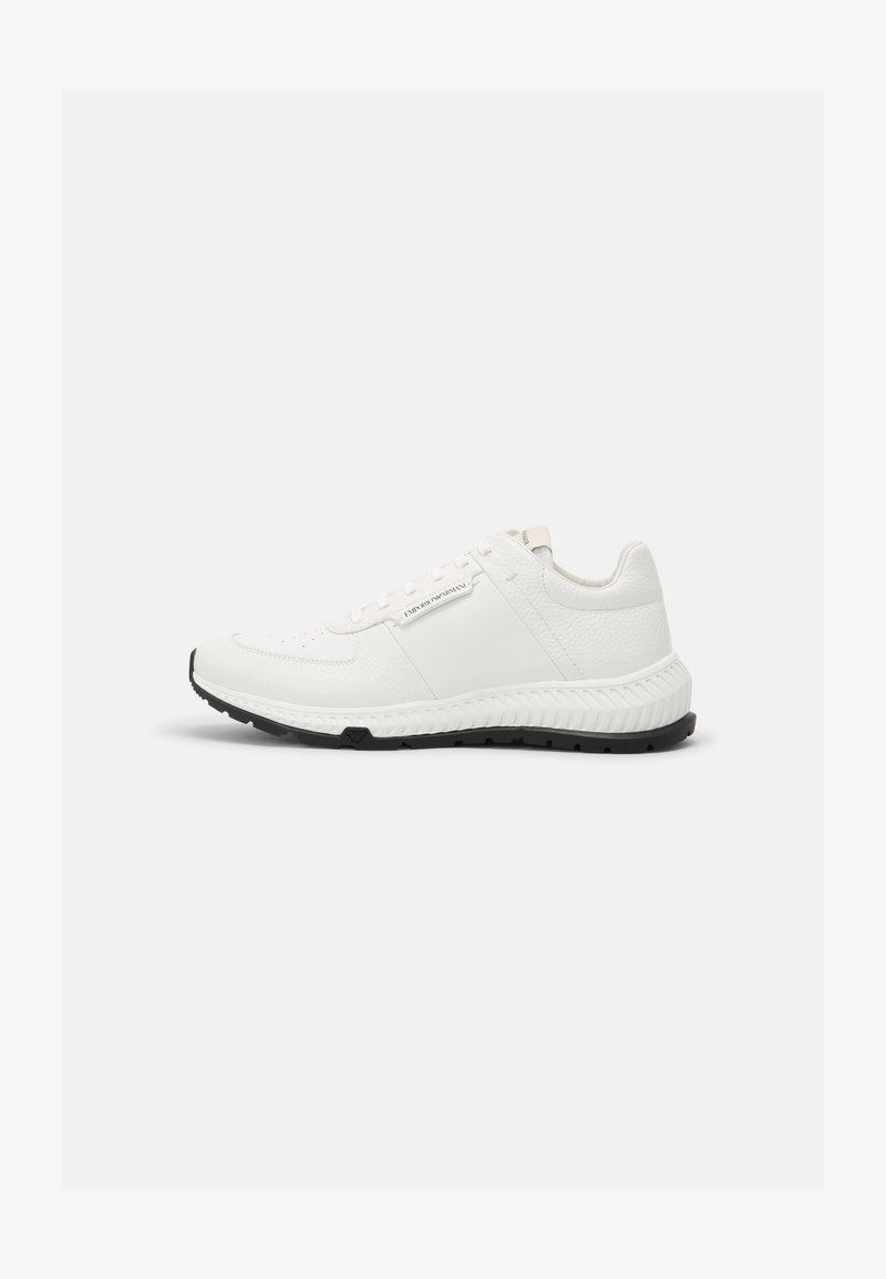 Emporio Armani - Sneakers - white