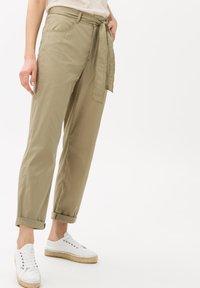 BRAX - STYLE MELO - Trousers - khaki - 0