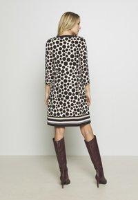 s.Oliver BLACK LABEL - Jersey dress - black - 2