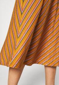 Nümph - NUBUNTY SKIRT - A-line skirt - buck brown - 4