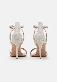 Pura Lopez - Sandalen - glitter platin - 3