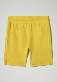 Napapijri - NADYR - Shorts - dark yellow - 1