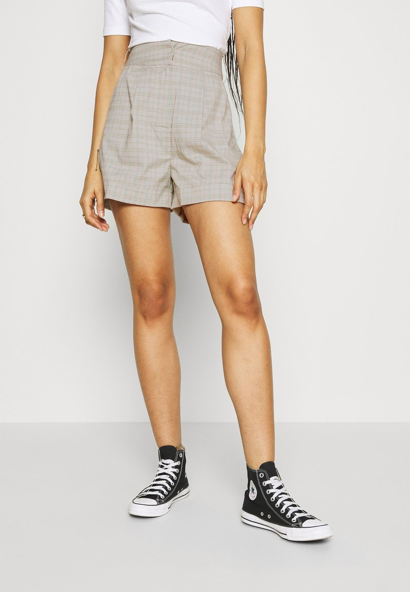 4th & Reckless - REMI  - Shorts - light grey