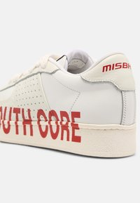 MISBHV - YOUTH CORE CITY UNISEX - Trainers - white - 4