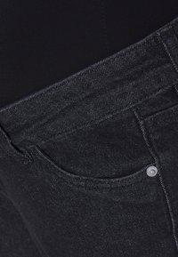 MAIAMAE - MOM - Jeansy Straight Leg - washed black - 2