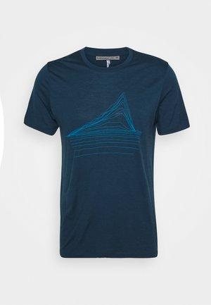 MENS TECH LITE CREWE HEATING UP - T-shirt con stampa - nightfall