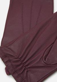 Marks & Spencer London - CORE - Gloves - damson - 2
