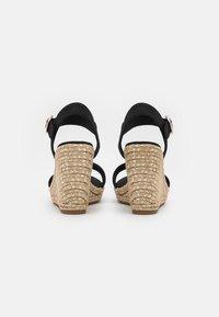 Tommy Hilfiger - SIGNATURE WEDGE - Platform sandals - black - 3