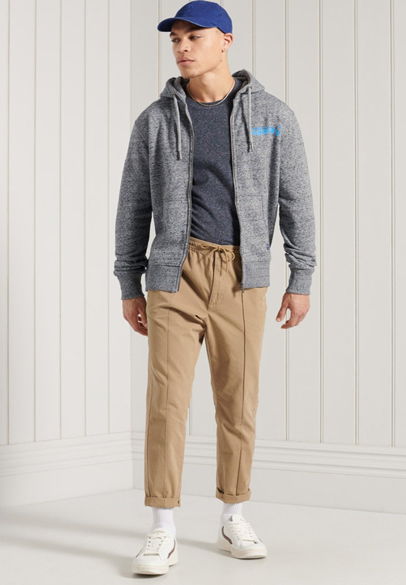 Superdry - HERITAGE MOUNTAIN GRAPHIC - Zip-up hoodie - flint grey grit