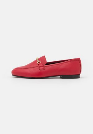 LIZA LOAFER - Slip-ons - red