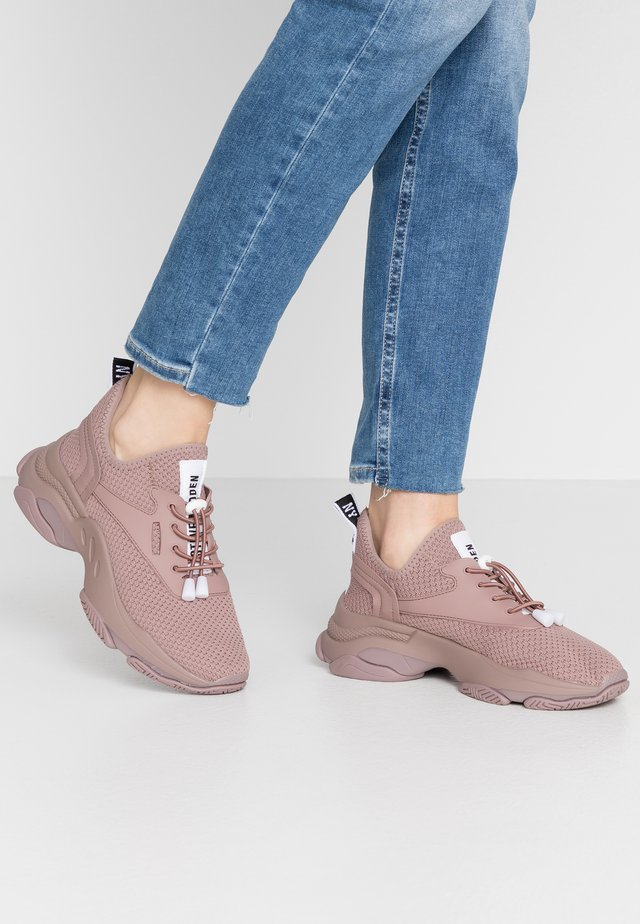 MATCH - Sneakers - mauve
