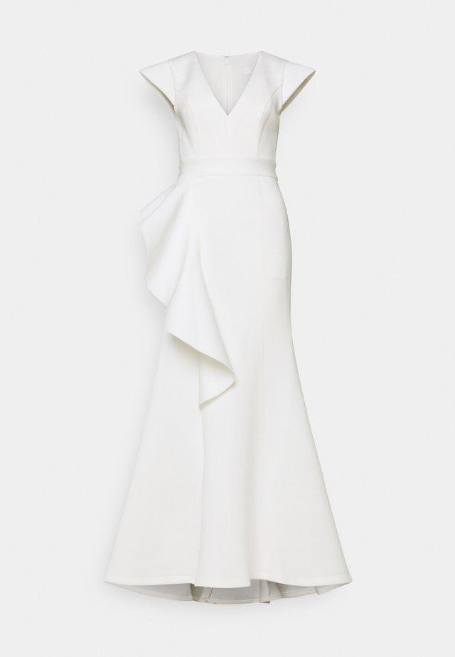 AVERY - Společenské šaty - ivory