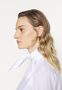 Victoria Victoria Beckham - NECK TIE  - Košile - white - 2