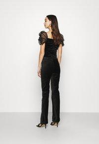 Weekday - RYDEL TROUSER - Trousers - black - 2