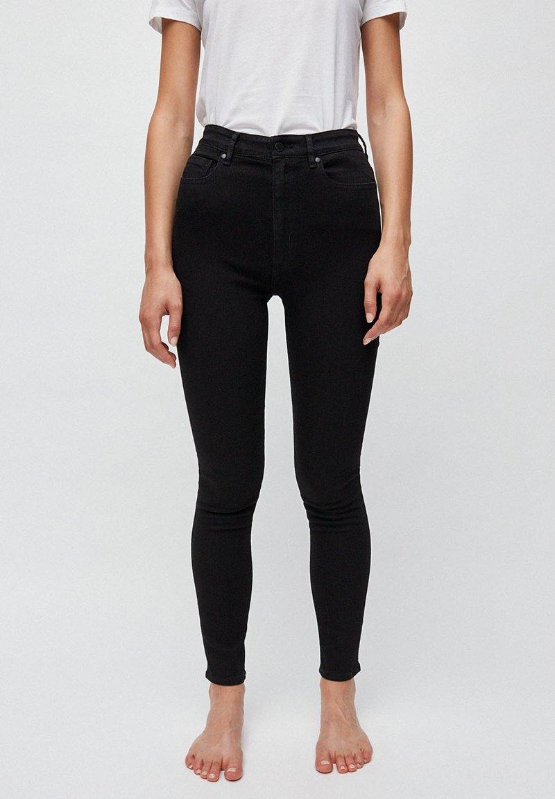 ARMEDANGELS - INGAA X STRETCH - Jeans Skinny Fit - black night