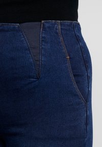 Simply Be - HIGH WAIST SHAPER - Jeans Skinny Fit - indigo - 4