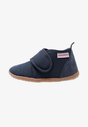 STRASS - Domácí obuv - dunkelblau