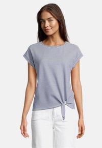 Betty & Co - Print T-shirt - blau/weiß - 0