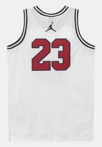 Jordan - 23 UNISEX - Top - white - 1