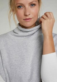 Oui - Top - light grey - 3